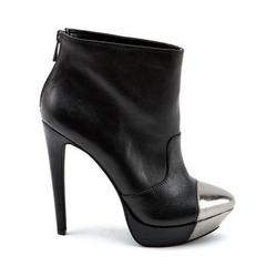 Shoe Lust: Jessica Simpson Essas Booties
