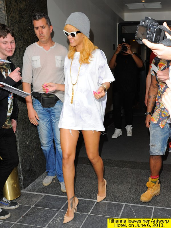 rihanna-leggylook-white-dress-june-6-lead